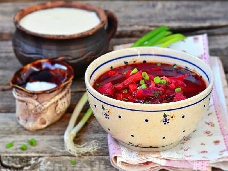 Рибна борш чорба с бяла риба, гъби печурки, грах и цвекло - снимка на рецептата